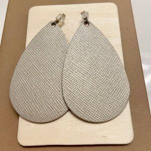 Nickel & Suede Small Leather Earrings